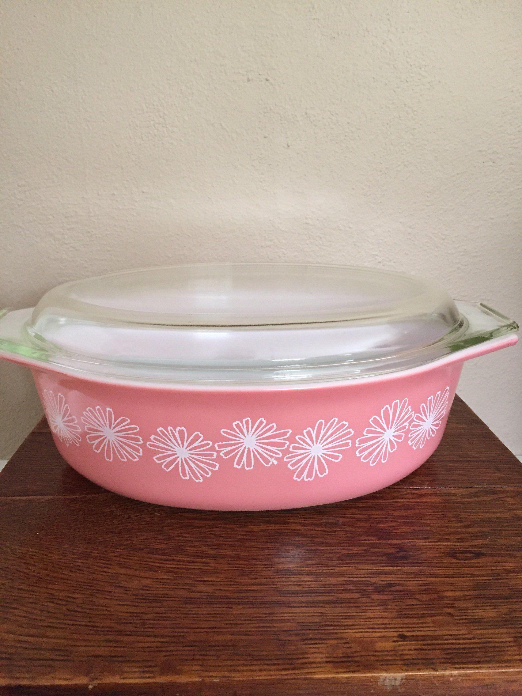 Pyrex Pink Daisy Casserolea