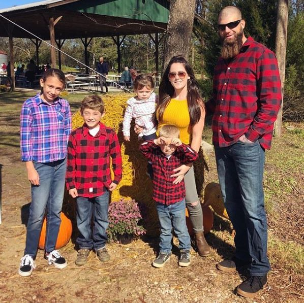 Jenelle Evans with her family