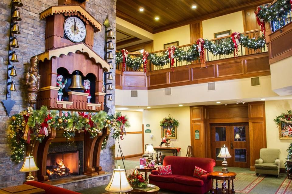 The Inn At Christmas Place.You Can Stay At A Hotel That Celebrates Christmas 365 Days A