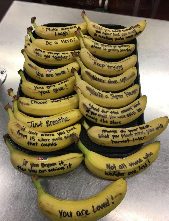 talking bananas