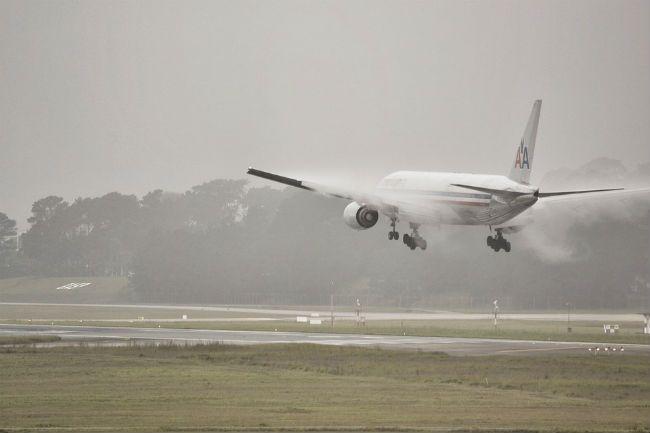 Airplane rain