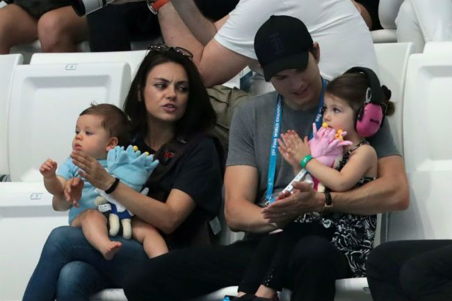 Ashton Kutcher Mila Kunis children
