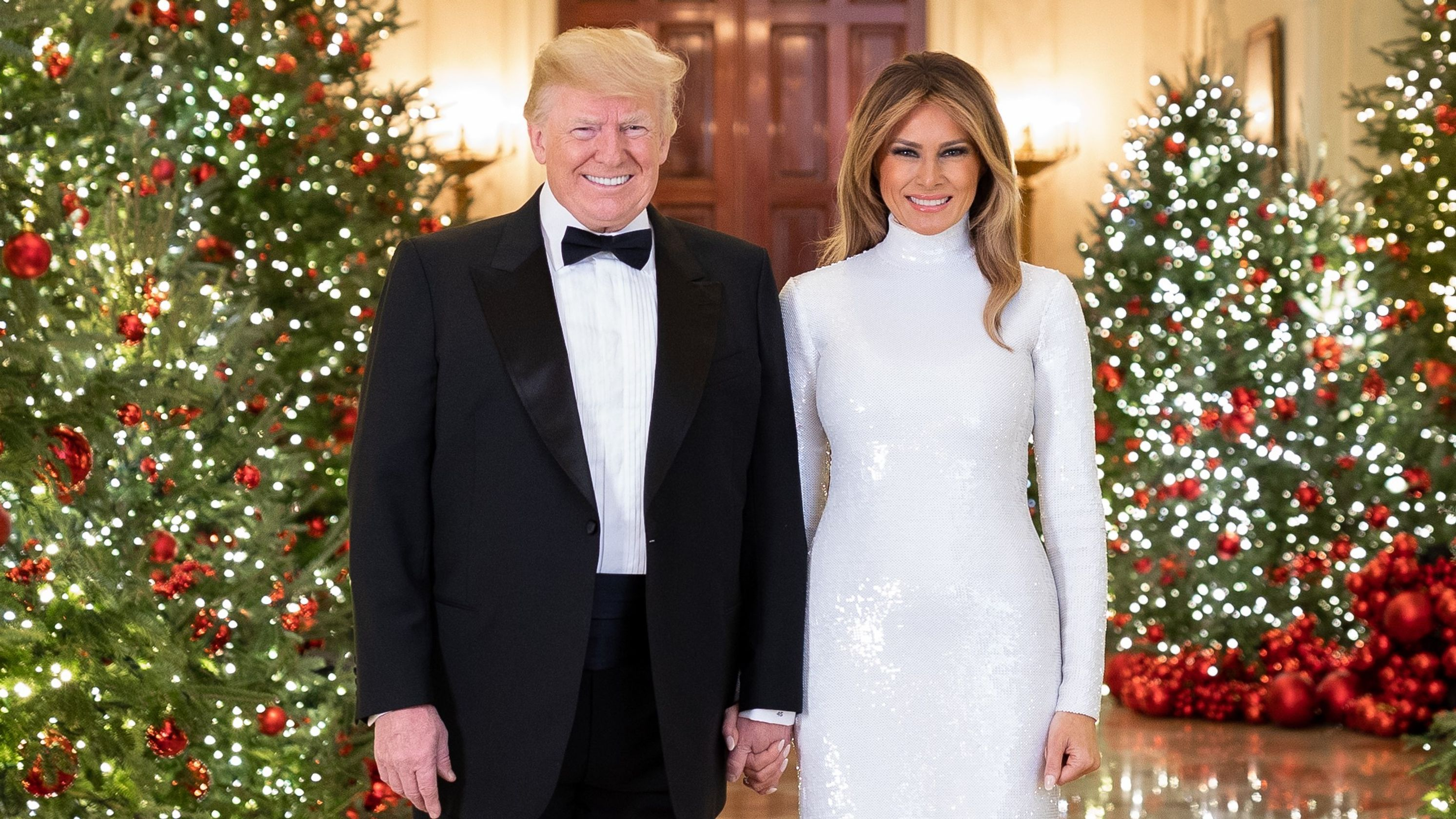 Donald and Melania Trump Christmas Portrait
