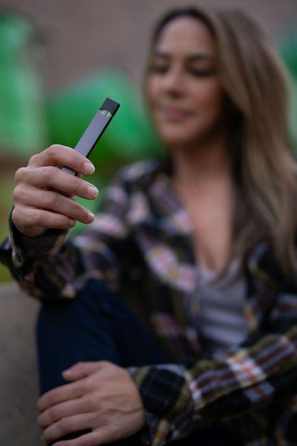 Juul E-cigarette