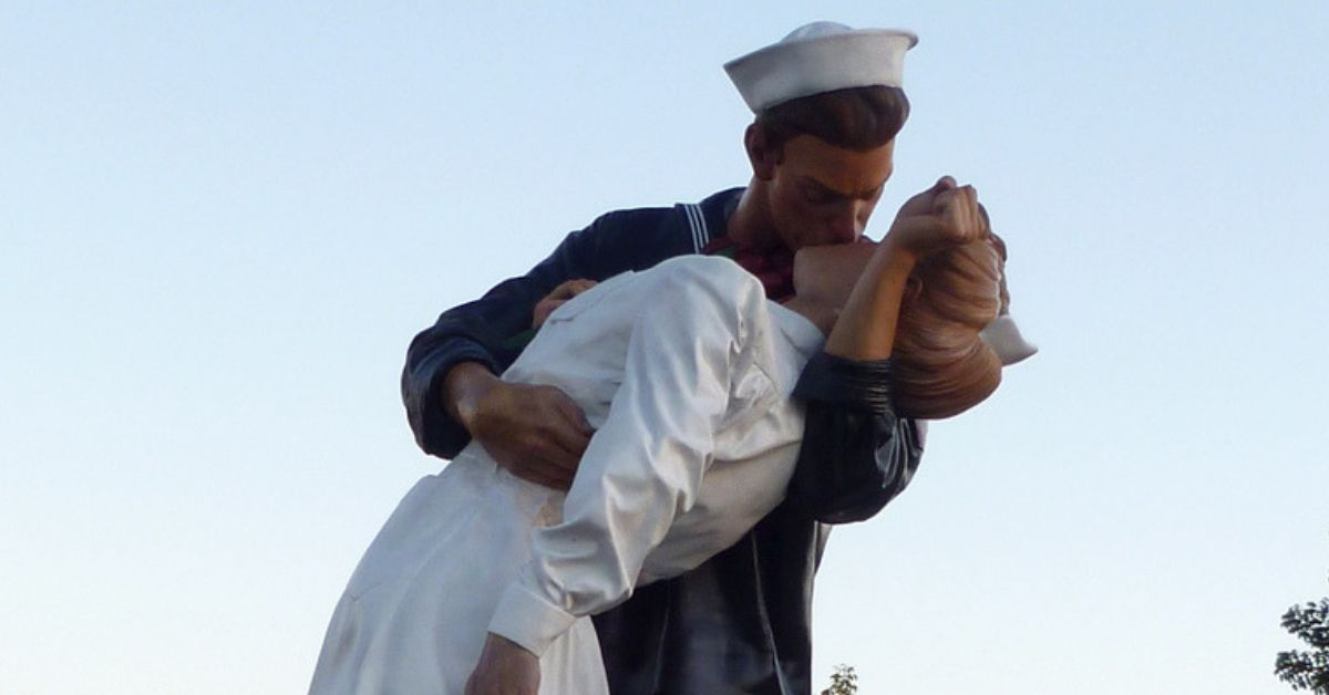 Statue based on iconic 'kissing sailor' photo in Florida spray-painted with '#MeToo'